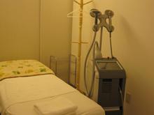 美容皮膚科の施術室